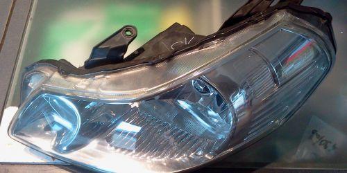 Suzuki SX4 - Bal oldali első fényszóró JAVÍTOTT Az ár darabár! A fényszóró állító motort nem tartalmazza.  15000Ft