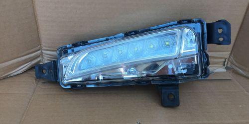 2015- Suzuki Vitara - Jobb oldali nappali menetfény LED Gyári! 36583-54P00-000 49000Ft