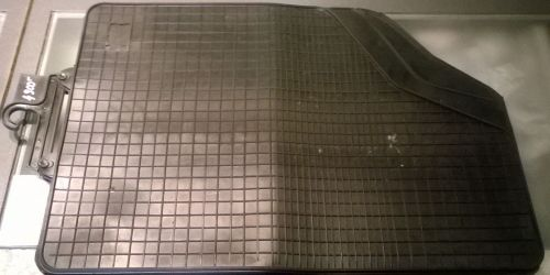 Univerzális Gumiszőnyeg, lábtörlő garnitúra Ft/4db 3500Ft